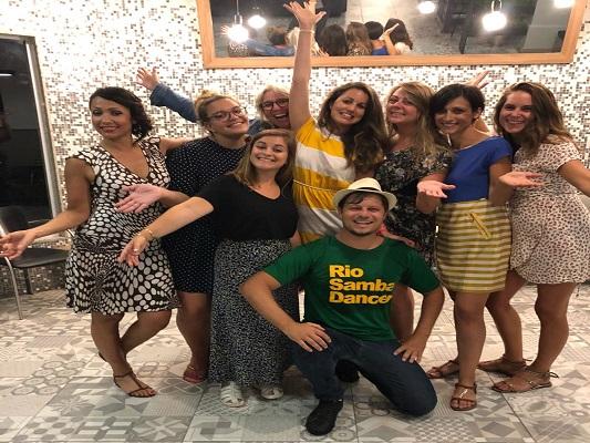 Ladies having a samba class with Patrick
